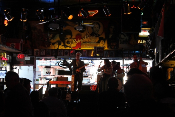 Nashville 1 052